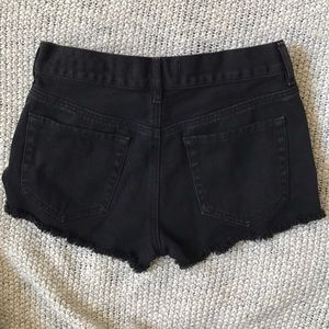 Bullhead Shorts - High rise black jean shorts